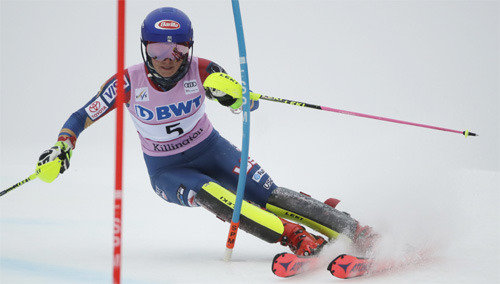 Alpine ski player Shiffrin gets first victory of World Cup season