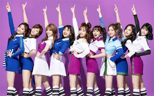 K-pop group Twice win triple grown on Oricon Chart
