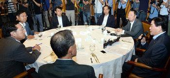 Deputy prime minister`s business-friendly stride