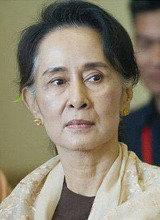 ミャンマー少数民族ロヒンギャへの人権侵害問題、民主化の象徴スー・チー氏に打撃