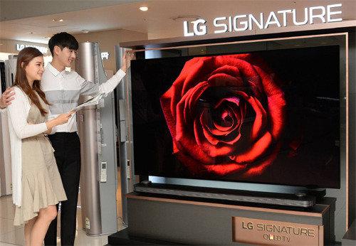 テレビが3300万ウォン、LGが有機ELテレビの77インチモデルを発売