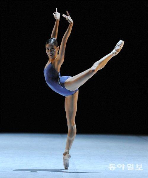 バレエ韓国を輝かす海外ダンススターと一緒に