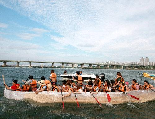 遠くに出かけなくても…「漢江での避暑」はいかが