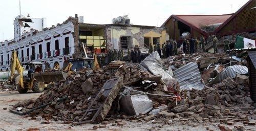 巨大地震のメキシコにハリケーンまで襲来