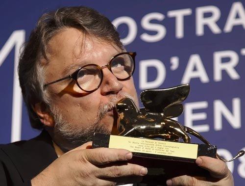 トロの「ザ・シェイプ・オブ・ウォーター」が金獅子賞受賞、ヴェネツィア映画祭