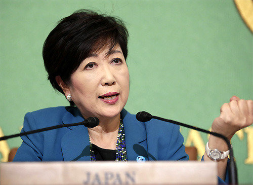 日本政界、「小池待望論」が急速に拡散