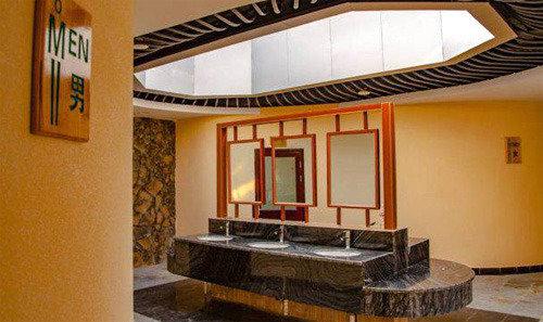 過熱化する中国の「トイレ革命」、五つ星ホテル級の公衆トイレが登場