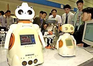 三星、人間にやさしいロボットを来年から販売
