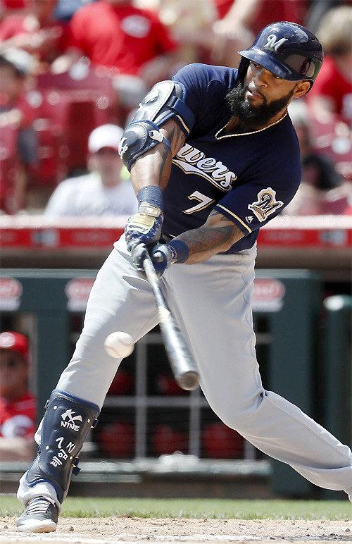한국 프로야구 거쳐 간 테임즈, 5경기 연속 홈런 기록 ML 홈런 선두