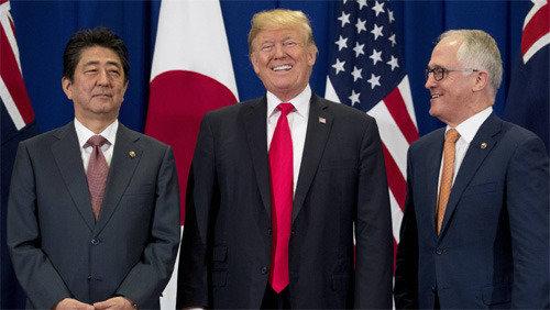 """美선 트럼프 난타… """"시진핑-푸틴에 아무 말 못해"""""""