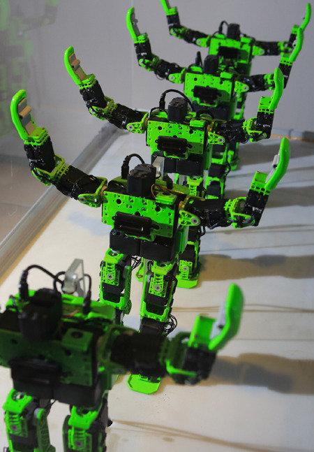 우리 앞에 성큼 다가온 로봇
