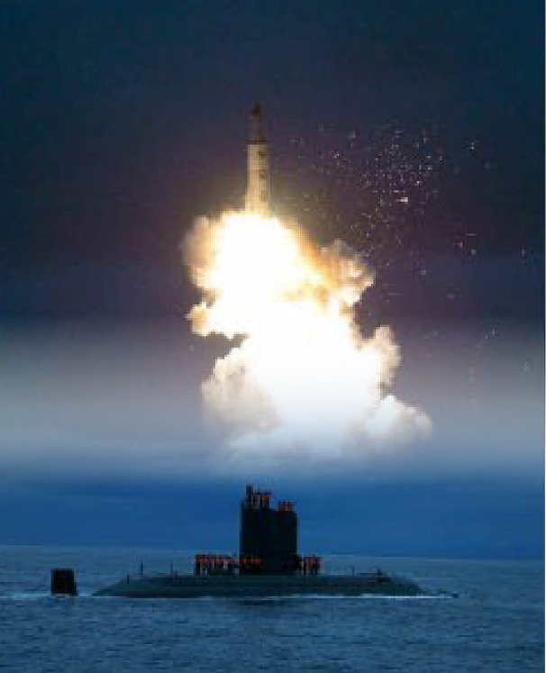 한반도, 주일 미군기지 사정권 남해에선 괌 기지도 때린다