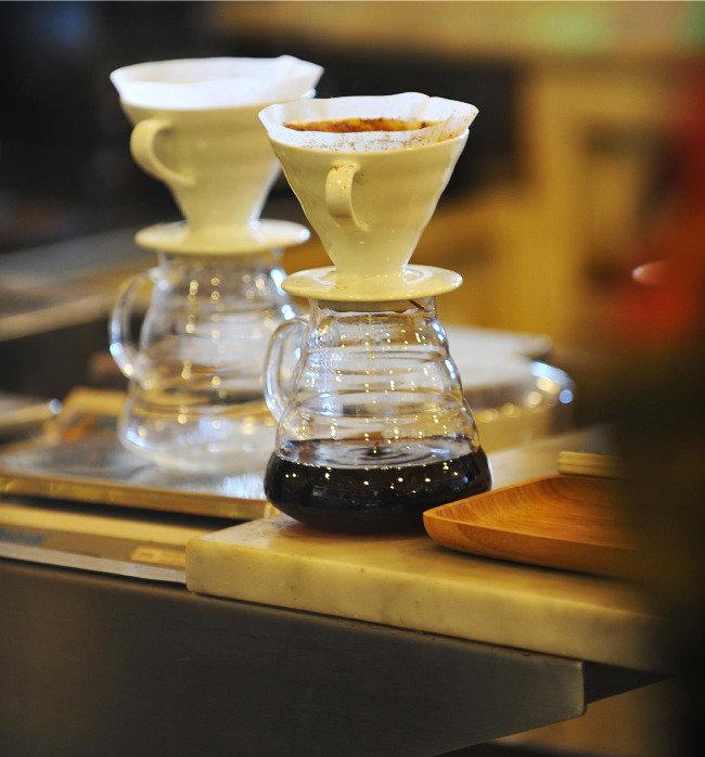 정동구락부 항일운동, 커피와 함께 사라지다