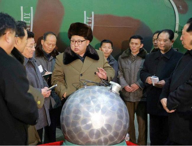 """""""北만 핵 가지면  南 주도 통일 불가능"""""""