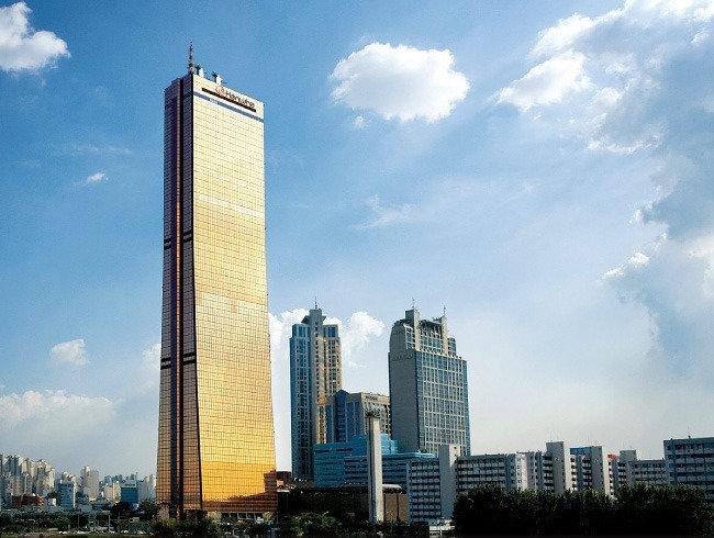 '김승연 회장 관심사업' 한화 63빌딩 면세점 휘청