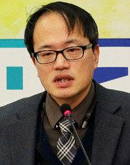 '세월호 변호사' 법안 55개 발의한 일중독자