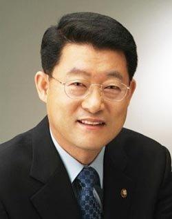 새누리당 3선 의원 출신 文 감동시킨 통합정부 키맨