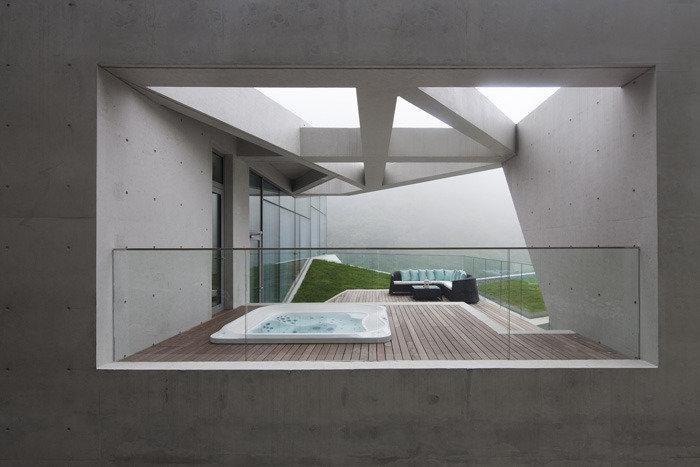 콘크리트 미학으로 빚어낸 21세기형 한국 정자(亭子)