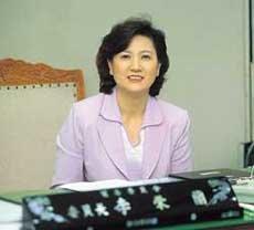 무역위원회 첫 여성 위원장 이영란