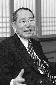 '한국의 럼스펠드' 김희상 청와대 국방보좌관