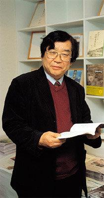 '기적의 도서관' 설립 주도하는  '책읽는 사회' 상임대표 도정일