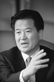 """열린우리당 정동영 의장 """"야당, 총선연기론 분명히 들고나올 것"""""""