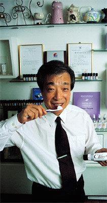 특허 치약 개발한 치과의사 김종철