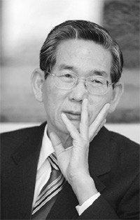 취임 6개월 맞은 김승규 법무부 장관