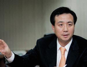 팬택 박병엽 부회장이 넥타이 풀고 털어 놓은 야전 인생 44년