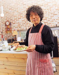 설치미술가  전수천의 동파육 요리