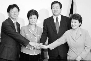 박근혜 대표 핵심 2인방의 장수비결