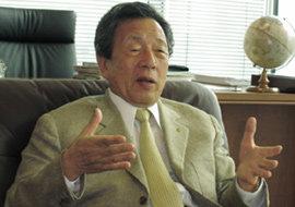 자산 1조2000억, 일본 파친코 황제 한창우 (주)마루한 회장