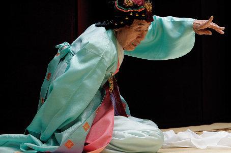 전무후무(全舞珝舞)