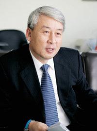 연구기금 100억 지원받은 가톨릭 세포치료사업단장 천명훈