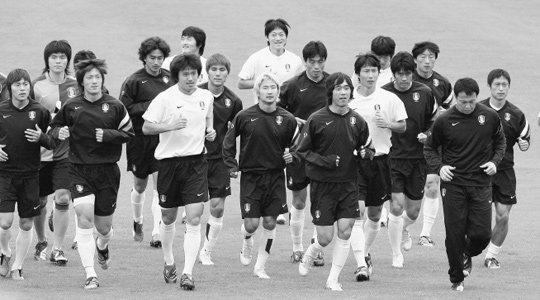 한국대표팀 선수, 코치들이 들려준'축구전쟁'뒷이야기