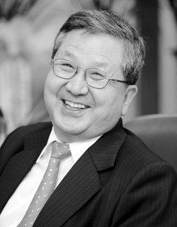 개교 60주년 맞은 국민대 총장 김문환