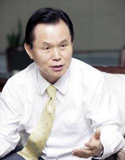 〈인터뷰〉 '핵 무장론'으로 돌아선 '비핵화 선언' 주역 박철언 전 의원