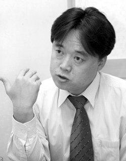 '황우석 사태' 1년, 최승호 전 'PD수첩' 팀장의 토로