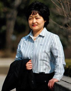 서울중앙지검 첫 여성 부장검사 조희진