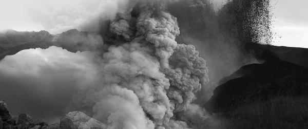 금세기 중 폭발說…휴화산 백두산이 끓고 있다!