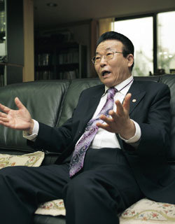 세습·횡령·불륜  논란, 금란교회 김홍도 목사 인터뷰
