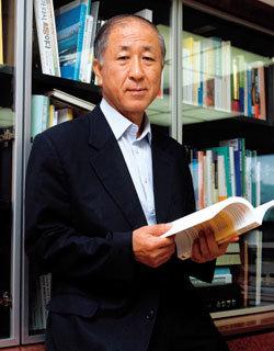 '지구온난화와 우리의 미래' 포럼 발족한 전 산업자원부 장관 김영호