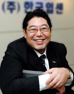 주름개선치료제 최초 공인받은 한국입센 대표 김성민