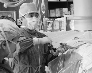 허리 수술, 여러 의사가 이구동성으로 하라면 그때 하라