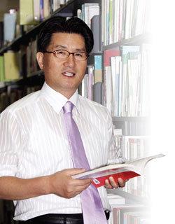신임 국회도서관장 유종필