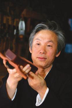 40년간 전통 목가구 만든 소목장 박명배