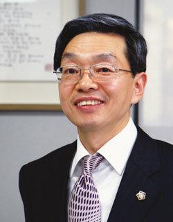신임 서울지방변호사회 회장 김현