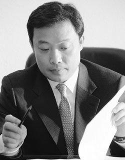 MB정부 승부수'휴먼 뉴딜'이끄는 곽승준 미래기획위원장