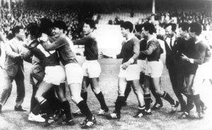 영국식 vs 미국식 영어로 읽는 '남북한, 월드컵 첫 동반 진출'