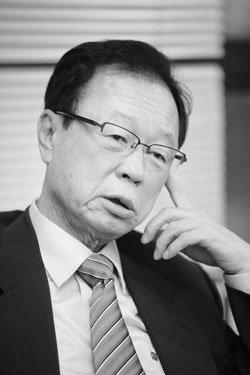 무색의 정치인 박희태 한나라당 전 대표